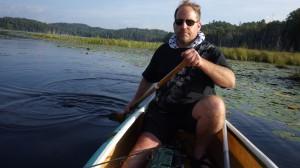 Беня Фулфорд на лодке в Канаде